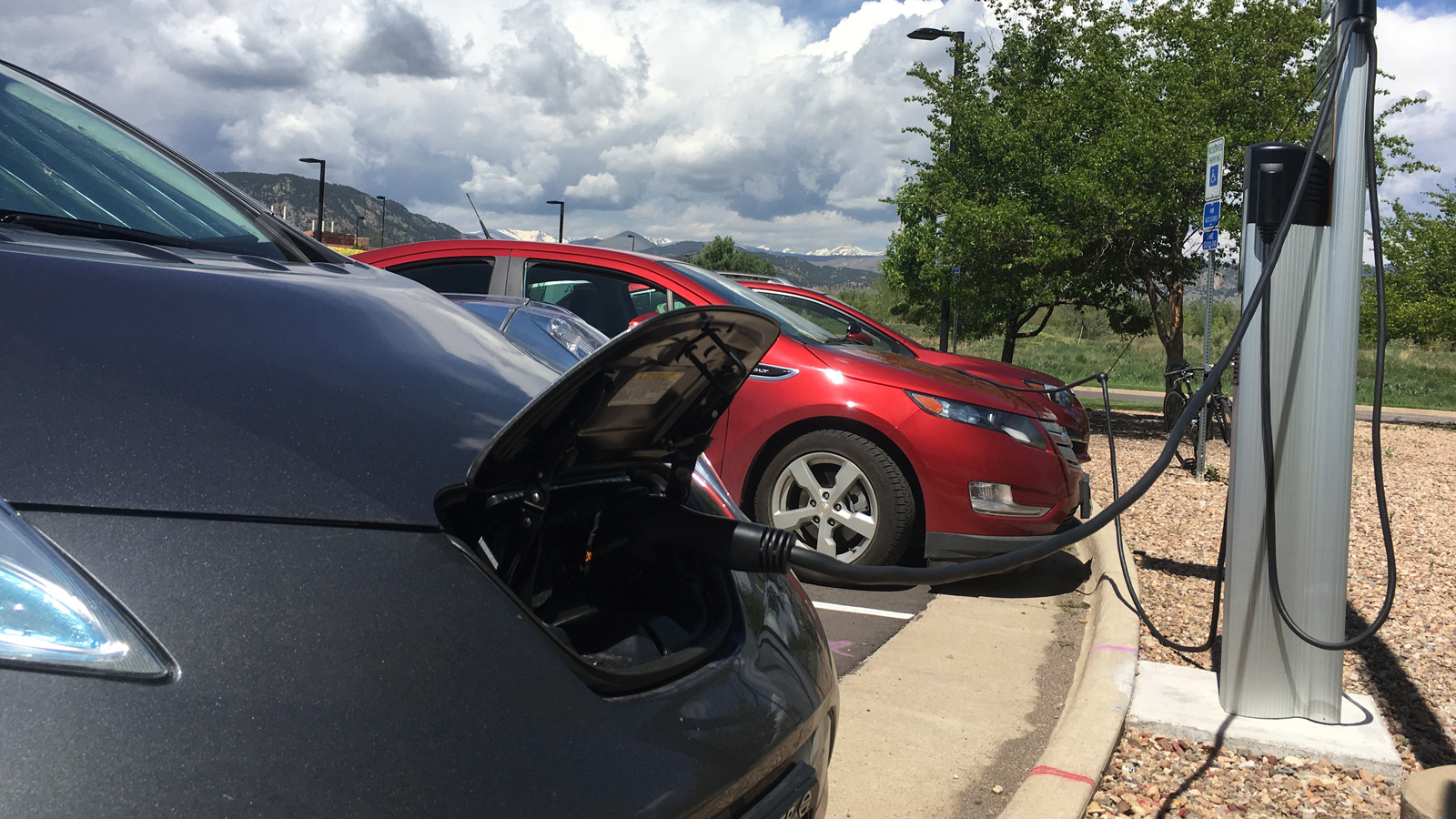Plug In Electric Vehicles Charging At The University Of Colorado Boulder Photo Credit Staff